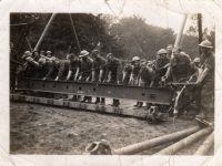 297 Coy Royal Engineers hard at work in Gilford Castle grounds. (1943)