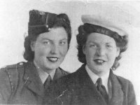 Gilford girls Elsie Gracey (now Kerr) and her sister Ann. When war broke out Elsie (left) enlisted with the Auxiliary Territorial Service (A.T.S.)and later joined and served on the mainland with the Royal Army Medical Corps. Ann joined and served with the WRENS.