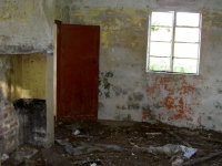 Another internal view of building (A), still standing beside Kernan Lough, used during WWII by the Searchlight Brigade.